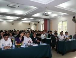 Hội thảo thu hút sự chú ý và tham gia của các đại biểu đến từ các Đại học, Học viện, các Trung tâm GDTX, cùng với sự có mặt của nhiều giảng viên Tiếng Anh, kỹ thuật viên, chuyên gia tin học của Viện Đại học Mở Hà Nội.