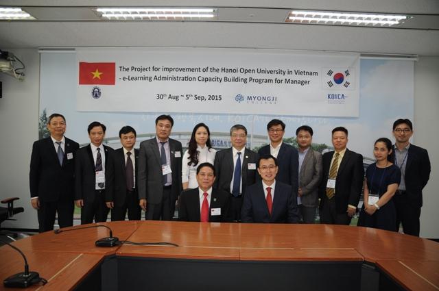 Đoàn HOU chụp chung với Ngài Phó Tổng GĐ KOICA tại trụ sở chính